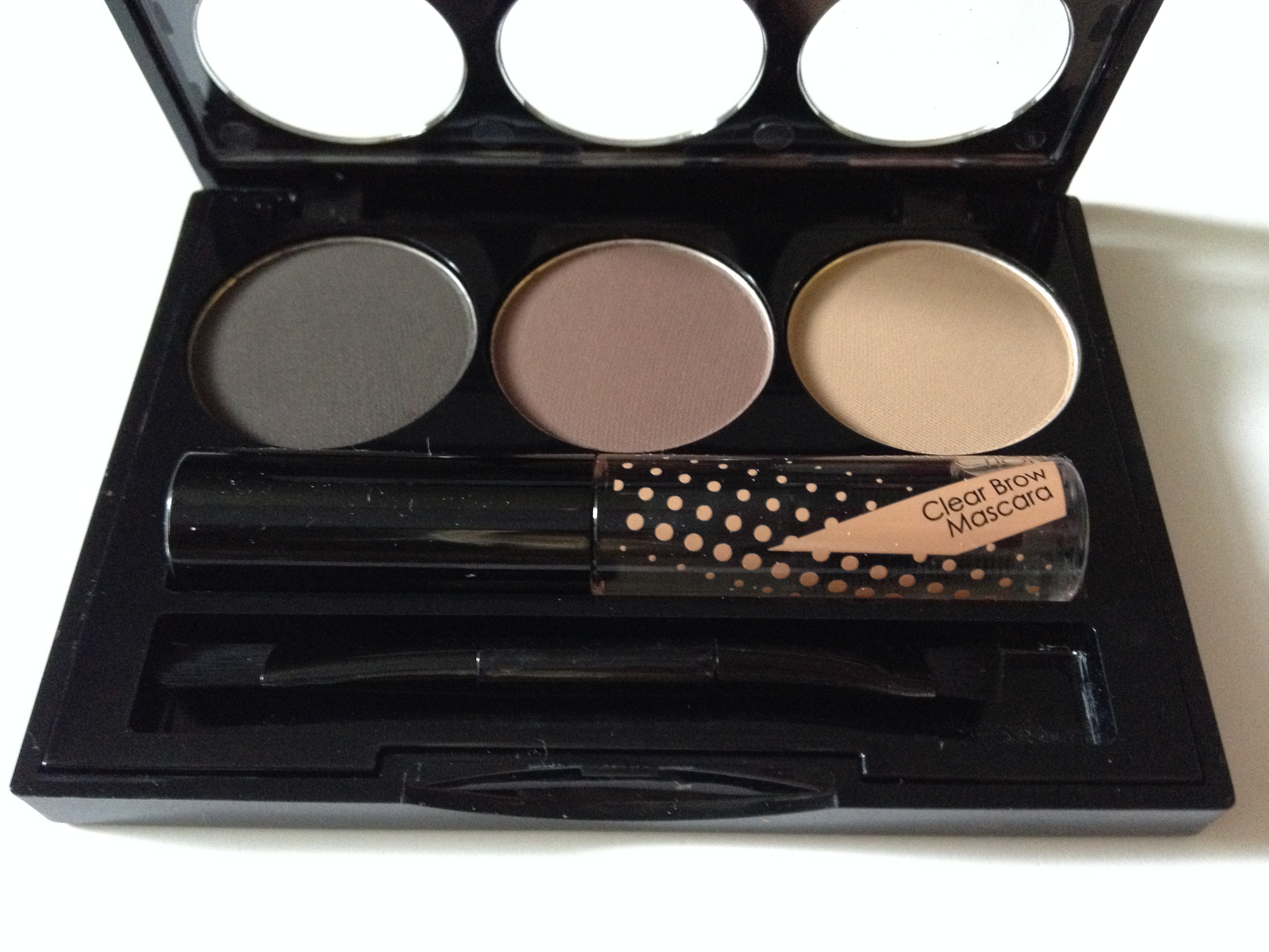 Collection Work the Colour Eyebrow Kit : Beauty Voyage